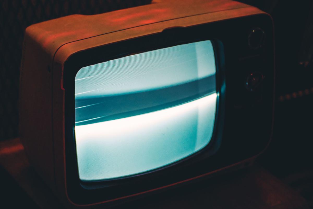مصرف برق تلویزیون چقدر می باشد؟